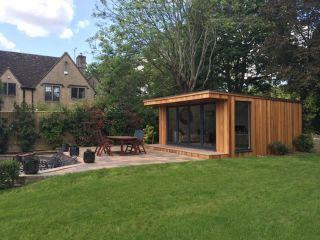 Mr & Mrs Poulter's Garden Room in West Yorkshire